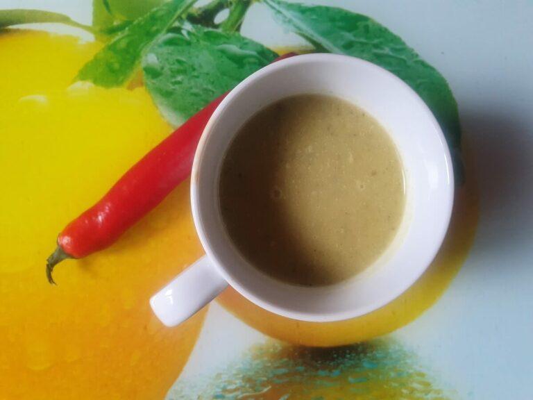 zupa ogórkowa z mlekiem kokosowym